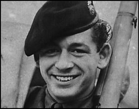 Fusilier Derek Kinne
